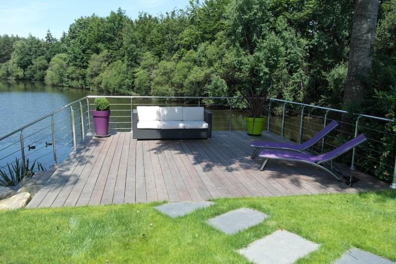 Terrasse bois paysagiste rennes ille et vilaine 35 - Terrasse piscine carrelage rennes ...